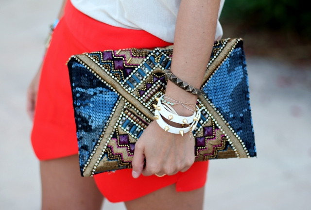 Red_Skort-Ibiza-Street_Style-Collagevintage-Outfit-Claires-10.jpg