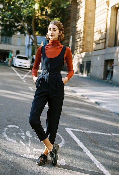 nvaq89-l-610x610-jumpsuit-cropped+jumpsuit-black+jumpsuit-cropped--orange-turtleneck-shoes-black+shoes-flats-streetstyle-fall+outfits-blue+overalls